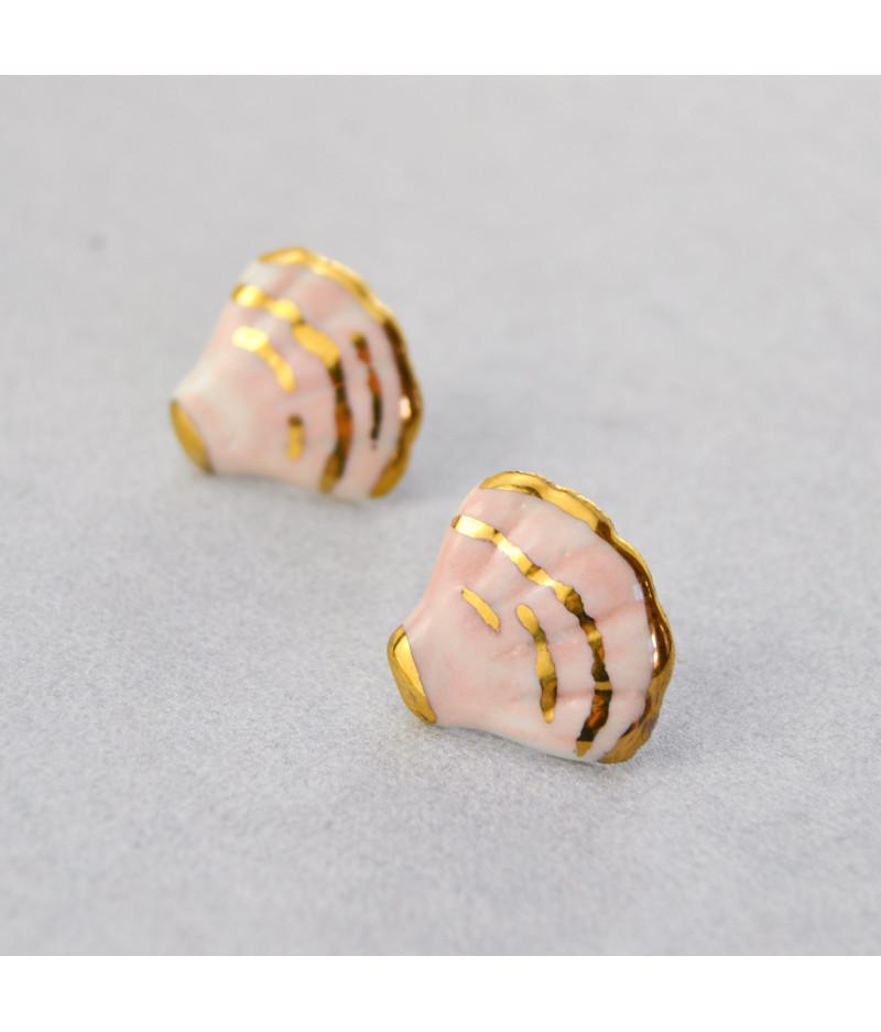 Cercei cu tijă - scoică roz