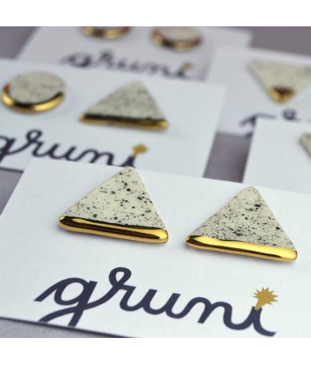Cercei cu tijă geometrici sare şi piper – triunghi Aur