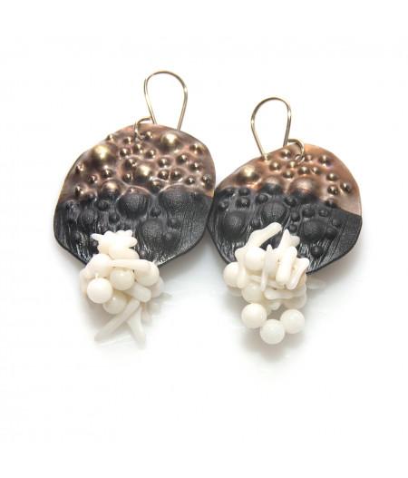 Cercei cu coral alb