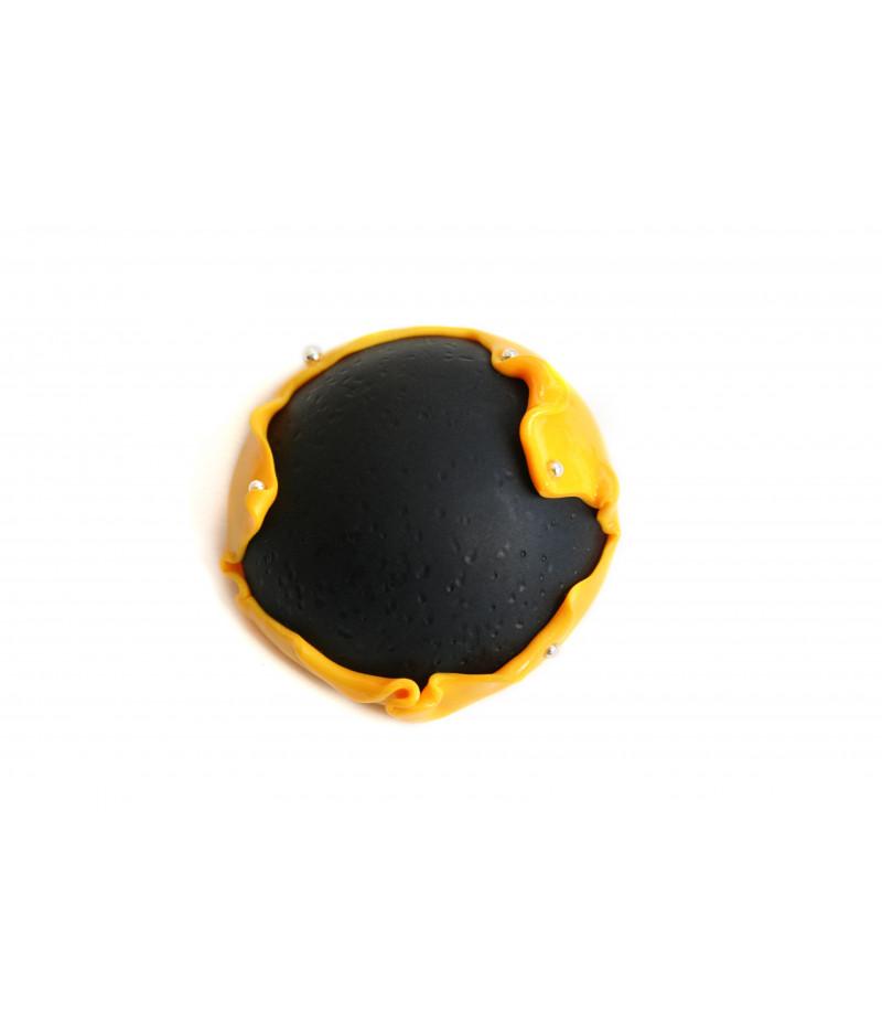 Candy-sunflower-yellow-black-brooch