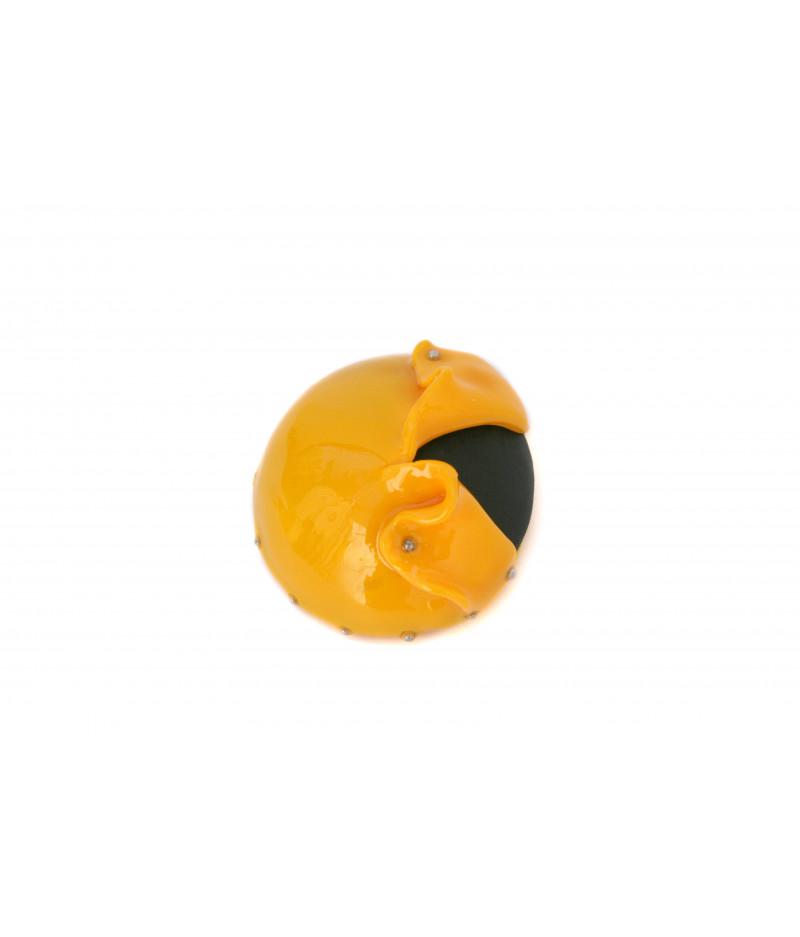 Candy-black-yellow-brooch