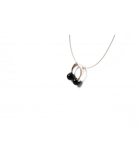 Pandantiv Orbits colliding (black)